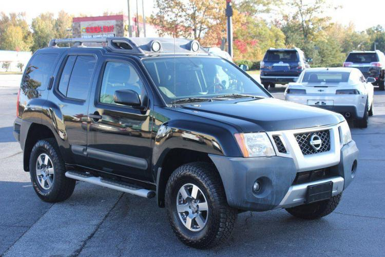 2012 BLACK NISSAN XTERRA OFF ROAD (5N1AN0NWXCC) with an 4.0L engine, Automatic transmission, located at 1342 West Wade Hampton Blvd. Greer, SC 29650, Greer, SC 29650, SC, 29650, (864) 244-8880, 34.931980, -82.272987 - Photo #6