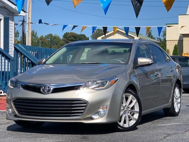 2013 CHAMPA TOYOTA AVALON LIMITED (4T1BK1EB7DU) with an 3.5L engine, Automatic transmission, located at 1342 West Wade Hampton Blvd. Greer, SC 29650, Greer, SC 29650, SC, 29650, (864) 244-8880, 34.931980, -82.272987 - Photo #0